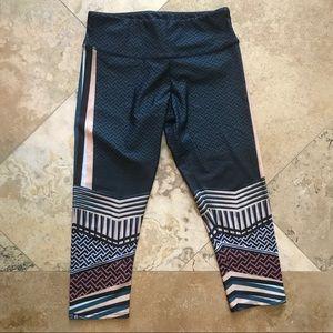 Onzie Capri yoga workout leggings s/m